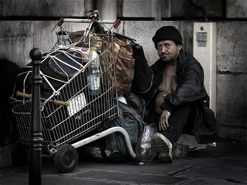 HomelessParis_7032101.jpg